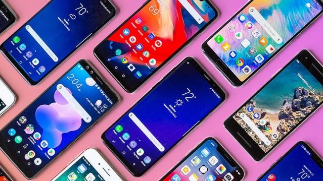 Android 11 güncellemesini alacak telefonlar belli oldu. Pek çok köklü değişikliğin yapılacağı güncellemeyi bakın hangi telefonlar alacak?