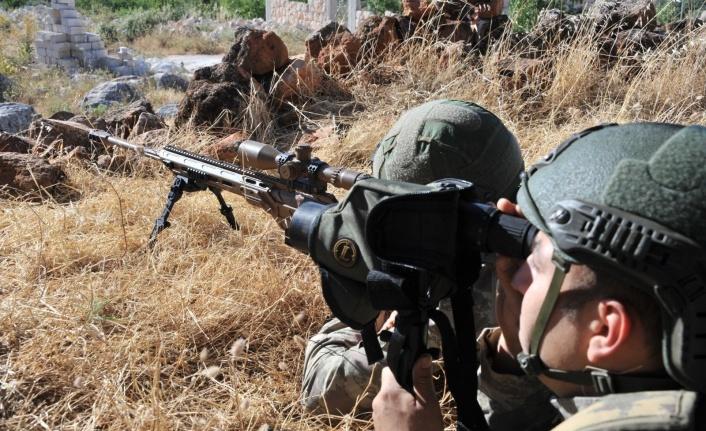 Barış Pınarı Bölgesinde 2 Terörist Etkisiz