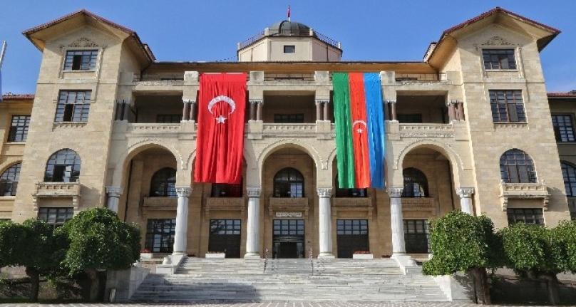 Gazi Üniversitesi'nden Azerbaycan'a Destek