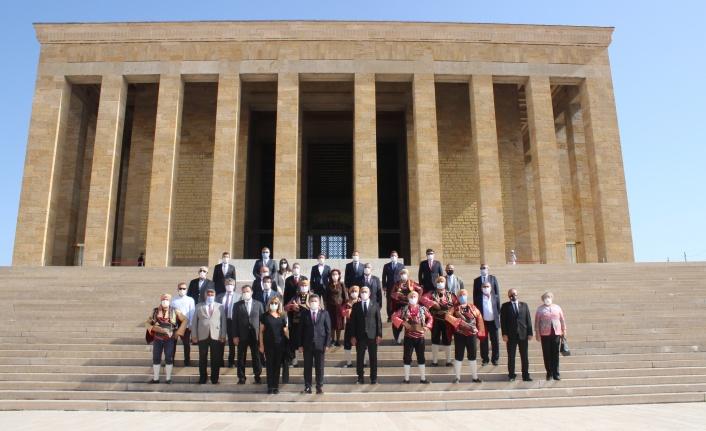 Ankara Kulübü Atatürk'ün Ankara Hemşehriliğinin 98. Yılını Kutladı