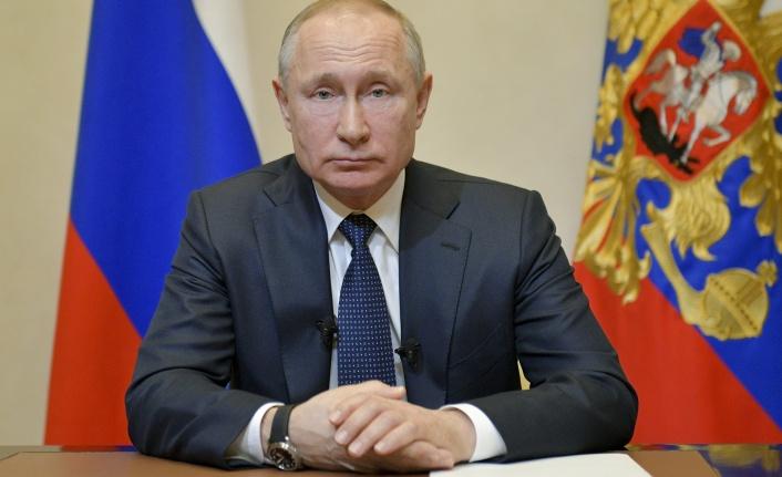 Putin'den Karabağ Açıklaması: Çatışmalar Ermenistan Toprağında Yapılmıyor