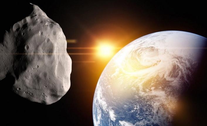 Tehlikeli Bir Asteroid Dünya'ya Rekor Mesafede Yaklaştı