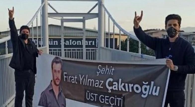 Ülkü Ocakları İYİ Parti'nin 'Fırat Çakıroğlu' Pankartını İndirdi: Sert Açıklama