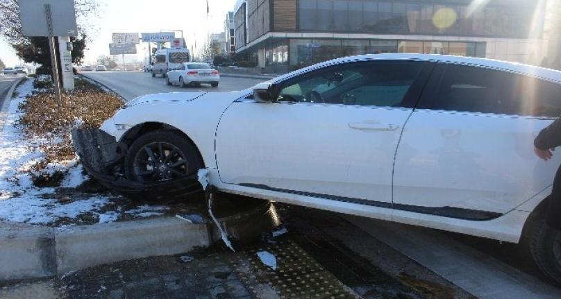 Ankara'da Kaza: Otomobilin Çarptığı Kadın Hastanelik Oldu!