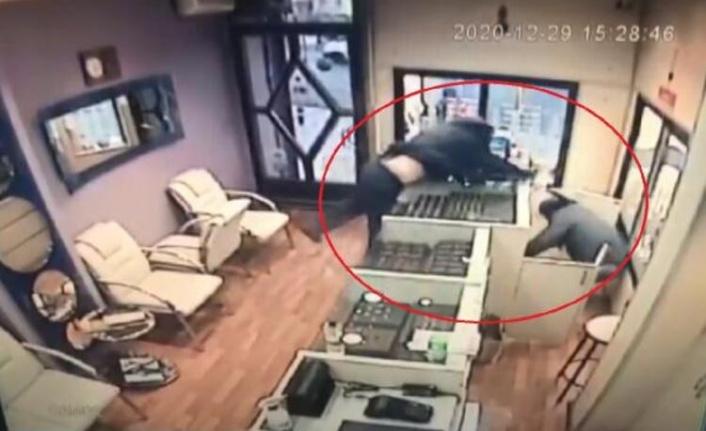 Ankara'da Şoke Eden Olay: Suç İşlemeye Otostop Çekerek Gitmişler