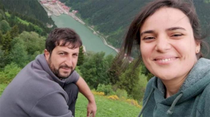 Genç Çiftin Sır Ölümü: Evlerinde Vurulmuş Halde Bulundular!