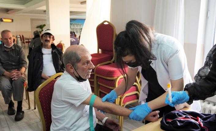 Keçiören Huzurevi'nde İkinci Doz Aşılar Yapıldı