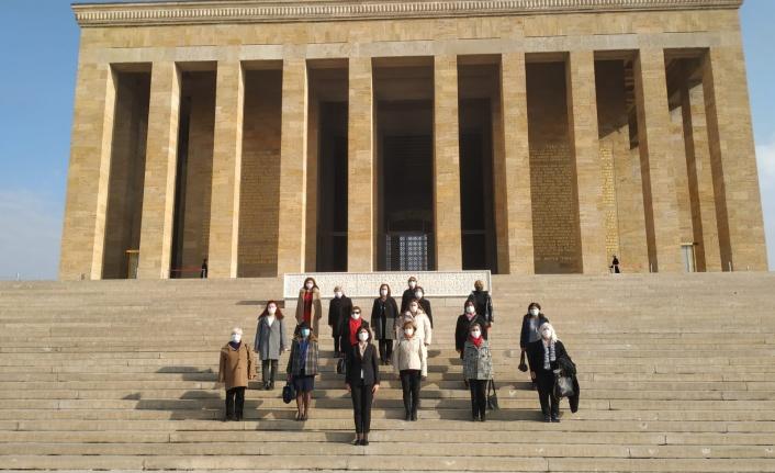 Öncü Kadın'dan Türk Medeni Kanunu'nun Kabulünün 95. Yılı Mesajı