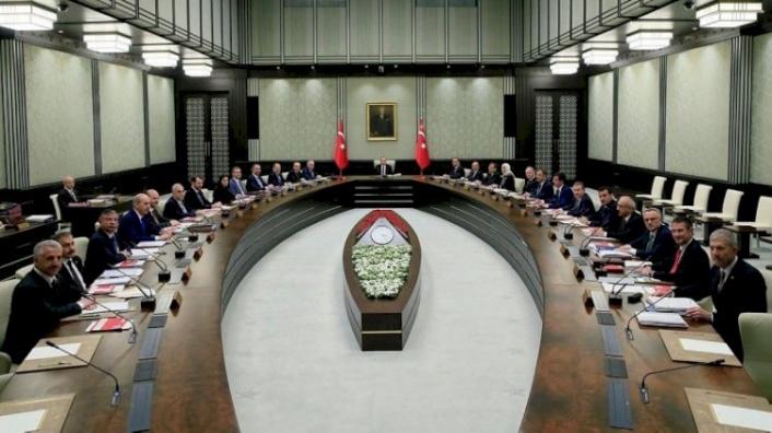 AK Parti Resmen Doğruladı: Kabine Değişikliği Geliyor!