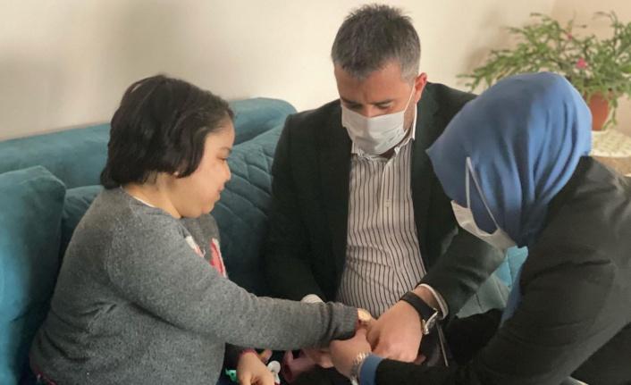 Başkan Ertuğrul Çetin'den Rabia Şenses'e Moral Ziyareti