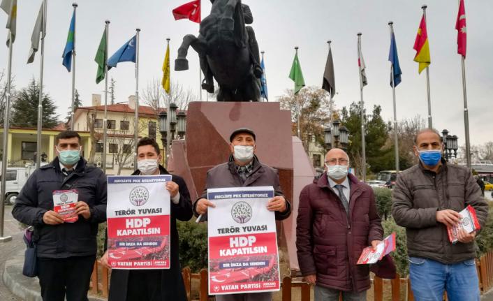 'HDP Kapatılsın' Kampanyası Polatlı'da Büyük İlgi Gördü