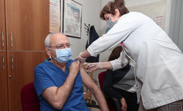 Kemal Kılıçdaroğlu İkinci Doz Aşısını Yaptırdı