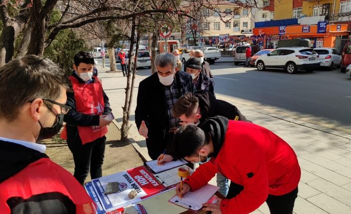 Yenimahalle'de Yüzlerce 'HDP Kapatılsın' İmzası Toplandı!