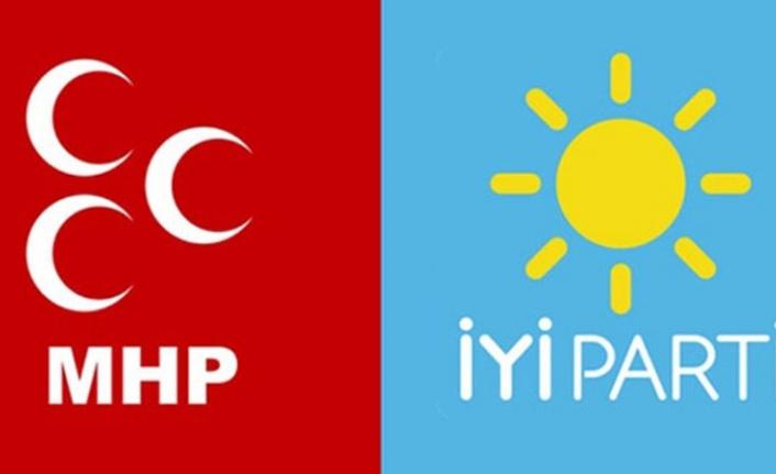 135 kişi İYİ Parti'den İstifa Edip MHP'ye geçti