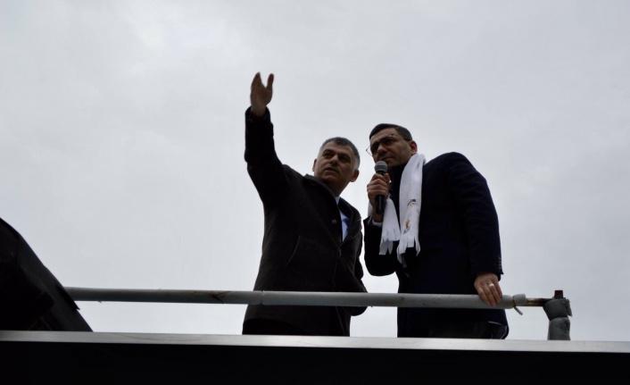 AK Parti Çankaya Grup Başkanvekilliğine Emrah Uslu Seçildi