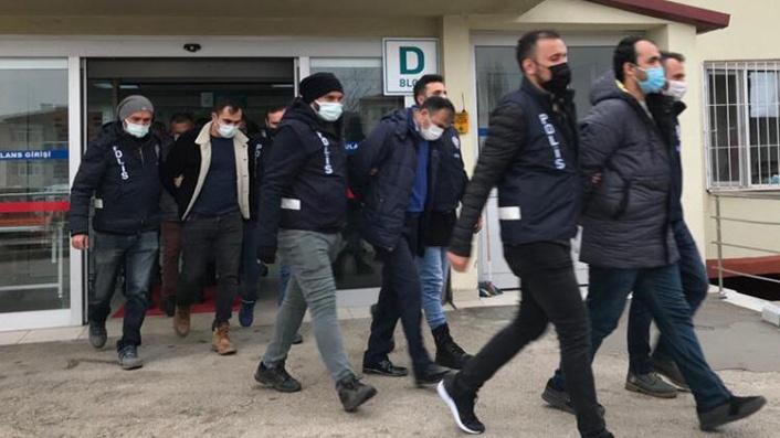 Ankara'da Peş Peşe FETÖ Operasyonu