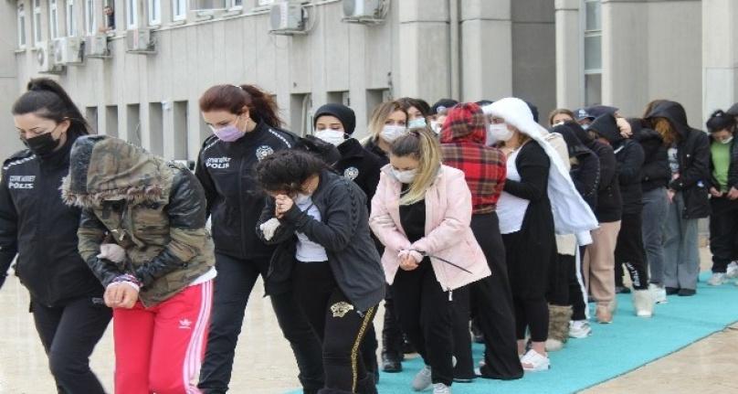 Ankara'da 'Yarasa kız' Operasyonunda 125 Kişi Adliyeye Sevk Edildi