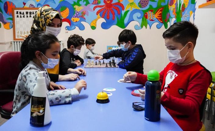 Keçiören Çocuk Eğitim Merkezi'nde Eğitim Devam Ediyor
