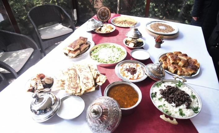 Pursaklar'ın 13 Yemeği 'Geleneksel Ankara Yemekleri' Kitabına Girdi!