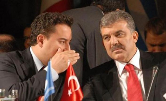 Ali Babacan'dan Çarpıcı İtiraf: AK Parti Üyesiyken CHP ile Masaya Oturmuş!