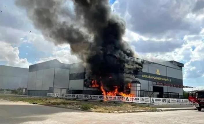 Ankara'da Korkutan Fabrika Yangını: 9 Kişi Yaralandı
