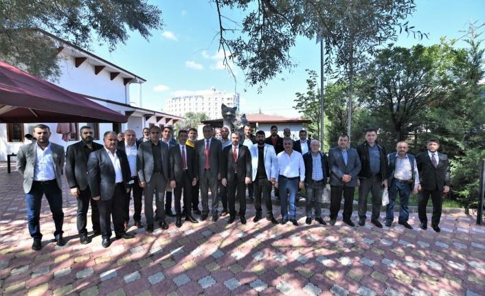 Pursaklar Belediye Başkanı Özel Servis İşletmecileri ile Buluştu