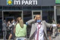 İYİ Parti Karıştı: Genel Merkezden Attılar