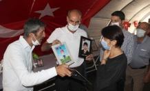 Evlat Nöbetindeki Aileler Ziyarete Gelen CHP'lilere Tepki Gösterdi