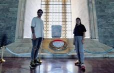 Nisa Bölükbaşı ile Barış Murat Yağcı'dan Anıtkabir Ziyareti