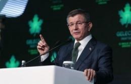 Referandumda 'Evet' Kampanyasına Katılan Davutoğlu Cumhurbaşkanlığı Sistemini Eleştirdi!