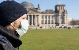 'Aşı Olanlar ve İyileşenler Kısıtlamalardan Muaf Tutulacak'