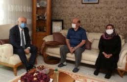 Fethi Yaşar'dan Şehit Annelerine Anneler Günü Sürprizi