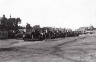 14 Temmuz: Fransız işgal kuvvetleri ulusal bayramlarını...