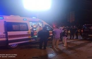 Kırmızı Işıkta Geçen Araç Kaza Yaptı: Yaralılar...