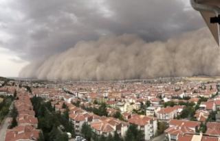 Polatlı'da Dev Kum Fırtınası: Ankara'ya...