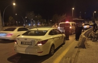Ankara'da Bir Otomobil Bisikletli Gence Çarptı