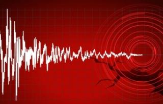İzmir'de Büyük Deprem: Türkiye'nin Bir...