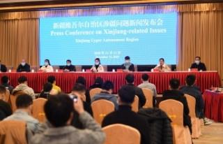 Uygur Halkının Temsilcileri 'Zorunlu Çalıştırma'...