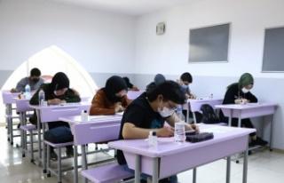 Ziya Selçuk: 'Okullar Sokaktan Daha Güvenli'