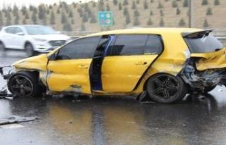 Ankara'da Yağışlı Hava Kaza Üstüne Kaza...
