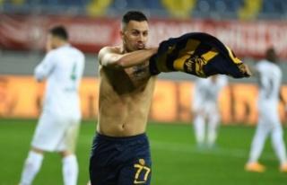 Ankaragücü Konyaspor'u 4 Golle Geçti
