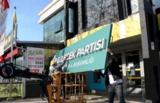 Davutoğlu'nun Partisi Kapıya Kilit Vurdu