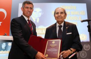 Eski Bakan Atila Sav Hayatını Kaybetti