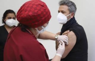 Ankara'da Sağlık Çalışanlarına İlk Aşı...