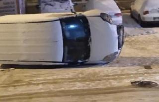 Ankara'da Karda Kayan Ticari Araç Gencin Üzerine...