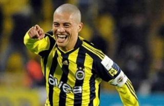 Fenerbahçe'nin Efsane Futbolcularından Alex'e...
