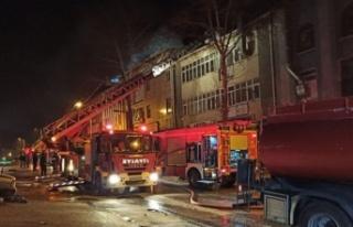 Ankara'da Büyük Yangın: Mobilya Atölyesi...