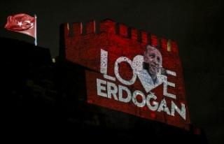 Ankara Kalesi'ne 'Love Erdoğan' Yansıtması