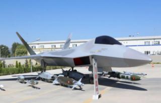 Heyecanlandıran İnsansız Savaş Uçağı Açıklaması:...
