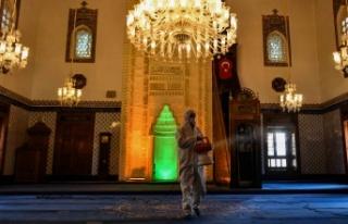 Ankara'da Camilerde Temizlik Seferberliği Başladı